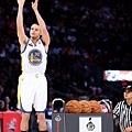 Curry 參與三分球大賽
