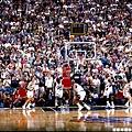 2.1998--身為公牛人的再見絕殺 拿下第六冠