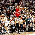 3.1989--季後賽對上騎士的絕殺  被稱之為「The Shot」