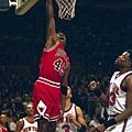14.-1995--45號的Jordan重回麥迪遜花園 砍下55分