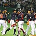 日本隊勝利後慶祝