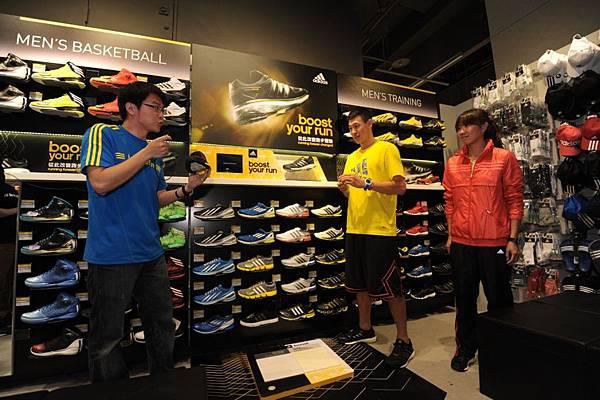 adidas 產品經理向國內長跑一姐陳淑華及SBL新星宋宇軒解說最新革命性跑鞋Energy Boost
