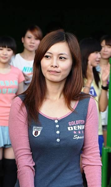 20130322義大犀牛球僮妹甄選-劉敏慧