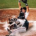 1998 - Carlos Hernandez (上) 與 John Rocker