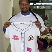 20130406曼尼首轟紀念衫即日起開始預購
