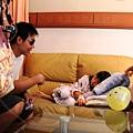 20130612林益全至義大醫院探視病童