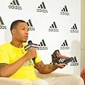 Damian Lillard也帶來代言adidas Crazy Quick全新科技鞋款-1