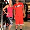 NBA年度新人王Damian Lillard 擔任旗艦店開幕嘉賓,藝人白歆惠擔任旗艦店開幕大使