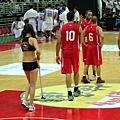 黎巴嫩球員都很專注在球場上沒亂看妹 XD