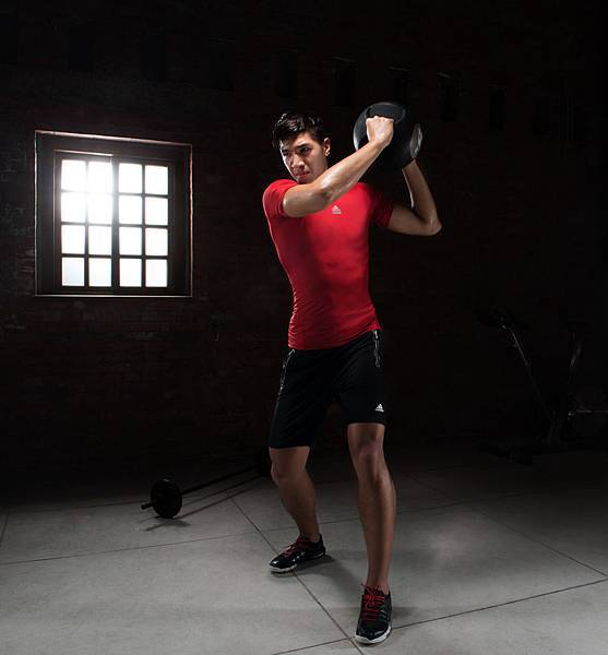 addias 2013 夏季男性健身訓練系列_周柏臣