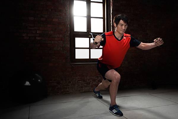 addias 2013 夏季男性健身訓練系列_詹智堯