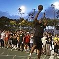 Kevin Durant台北行神秘造訪新生公園戶外球場,下場體驗台灣戶外籃球風格