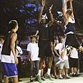 NIKE運動員Kevin Durant用實際行動傳遞出他對籃球的熱情