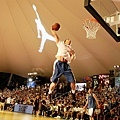 Griffin:要努力的不僅僅是追求勝利,更要創造出屬於自己的籃球體驗和風格