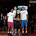 NBA三巨頭與Summer Nights U22組MVP蘇奕晉合影