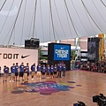 籃協丁理事長致詞 許多籃球迷到場給予中華隊熱烈掌聲