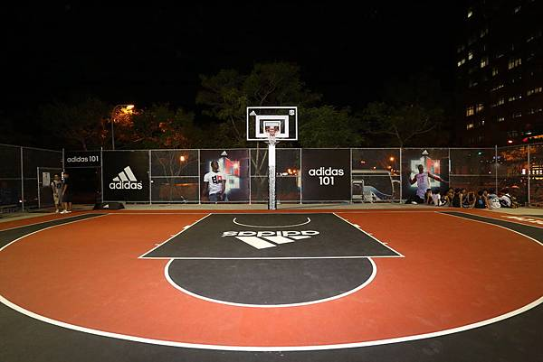 adidas101 x 痞客邦 籃球之夜 (5) 好場地 不來打嗎?