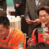 徐展元笑談郭泓志每場出賽捐三萬 應該讓他每周一場先發、其他五場打DH
