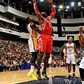 Rockets Dwight Howard dunks the ball