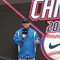 Nike All Taiwan Baseball Camp總監Darren Jeffrey Fenster表示希望學員可以透過這次的訓練吸收更多的棒球觀念及技巧