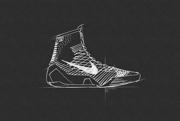 Nike Flyknit技術扮演著Kobe的第二層皮膚的角色,賦與它類似蛛網工程般的鉸接強度,並在需要的部位提供張力與強度
