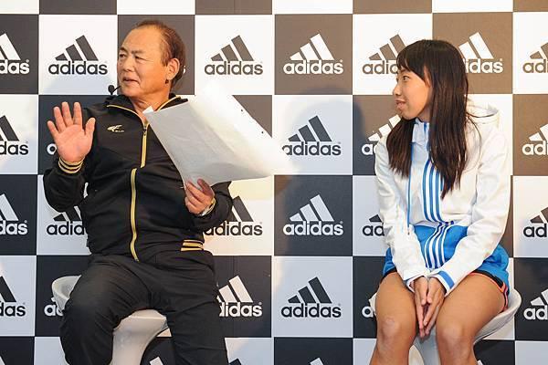 三村仁司先生於測量後進行精闢分析 為陳宇璿提出如何強化備戰台北馬拉松的專業建議