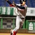 韓國隊右外野手吳俊赫單場三隻三包含二之3 壘安打獲MVP