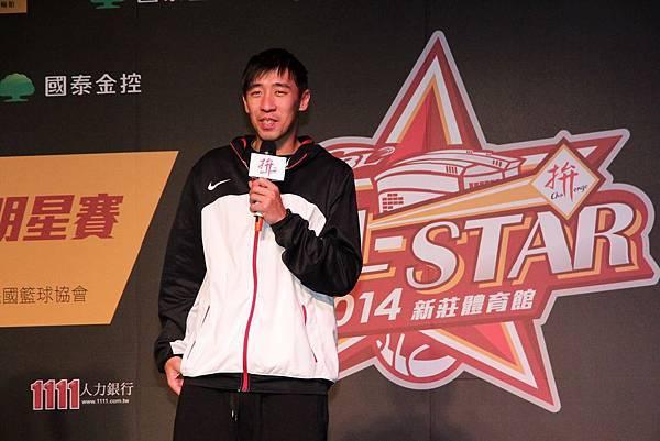 本季剛達成生涯3000分里程碑的金酒楊哲宜特別出席記者會,同時也宣告將參加明星賽三千分俱樂部驫分賽項目