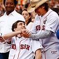 波士頓爆炸案英雄 受邀芬威球場開球