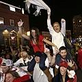 波士頓紅襪球迷慶祝奪冠