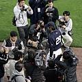 媒體依舊關心井川慶