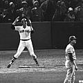 1975年世界大賽第六戰 – 費斯克的經典手勢