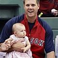 Jonathan Papelbon和他的女兒