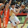 台灣大鄭人維今日替補上陣攻得9分9籃板