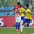 Neymar首度破門