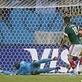 Oribe Peralta進球