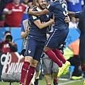 Benzema貢獻兩球 法國歡喜迎勝