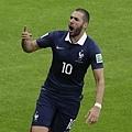 烏龍球進法國2-0領先