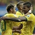 Neymar率先破門