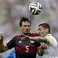 德國球員Mats Hummels和美國球員Clint Dempsey