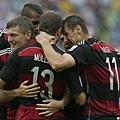 德國隊慶祝Thomas Müller進球
