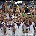 德國捧起冠軍金盃