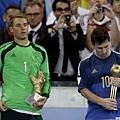 金手套:Neuer 金球獎:Messi