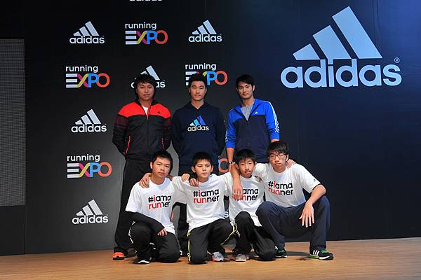 6.adidas並邀請三位球星響應去年發起的公益活動 all in for strike out,現場捐贈13萬等值運動用品給家扶基金會。
