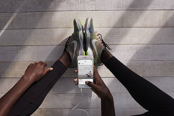 SP15_NikeWomen_StyleGuide_Catalog_WT_Look22_0174_Glbl.jpg