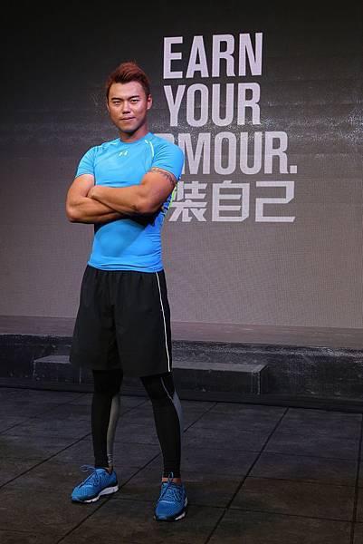 【0318UNDER ARMOUR 活動照片】中職MVP藍寅倫拼勁十足,ARMOUR系列功能內著衣就像第二層皮膚。