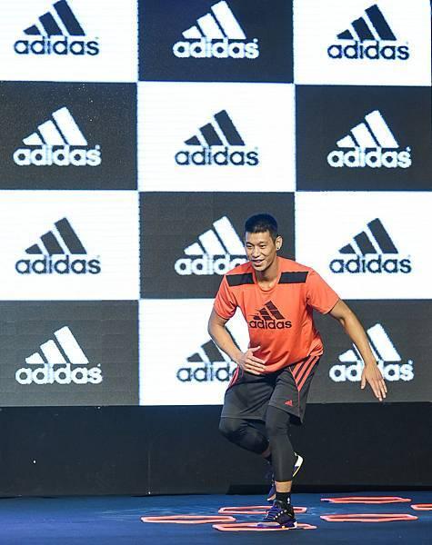 5.adidas以決戰夏日為主題,由林書豪親自示範個人專屬的訓練菜單
