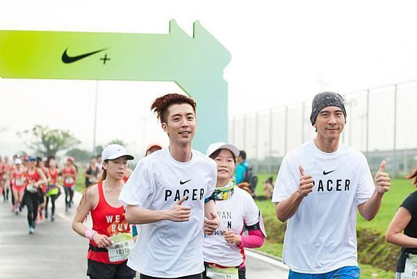 修杰楷與廖允杰擔任2小時10分的配速員,幫助女孩順利達成目標