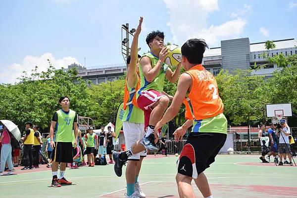 跨三國組隊的罰球要練隊伍來台一圓籃球夢.jpg