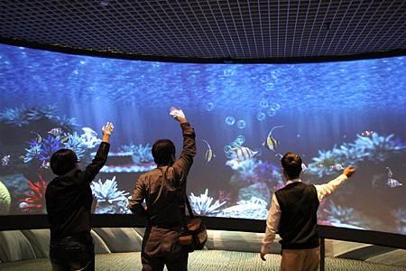海洋劇場中有趣的互動.JPG
